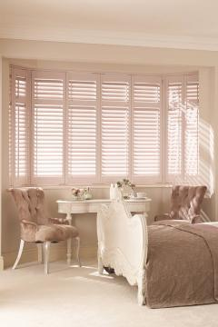 gallery2 bedroom interior shutters