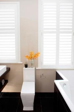 gallery6 white bathroom shutters